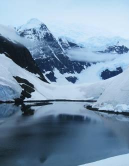 glaciers in Antarctica photography travels