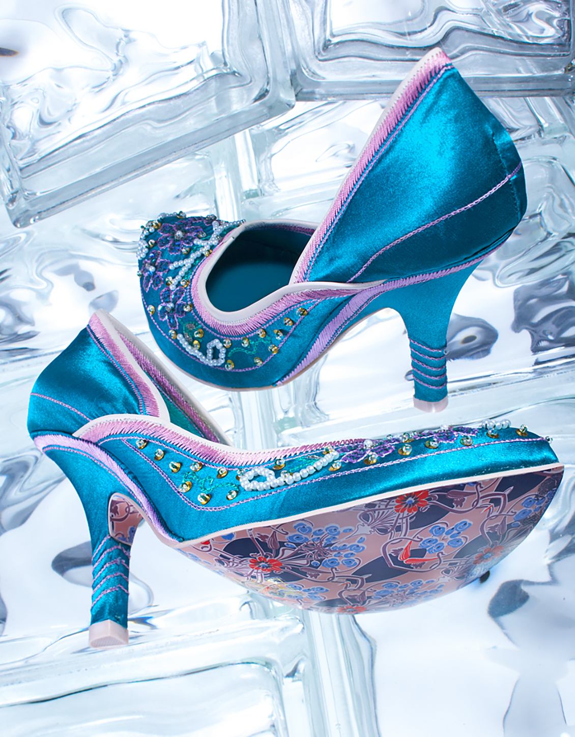wild high heeled shoes product photo
